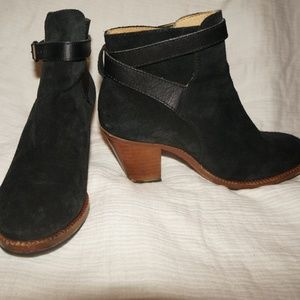 Hudson London Suede Black Ankle boot